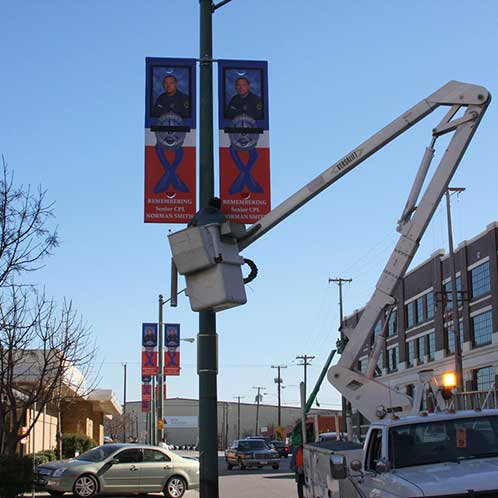 Services-Pole-Banner-Installation1