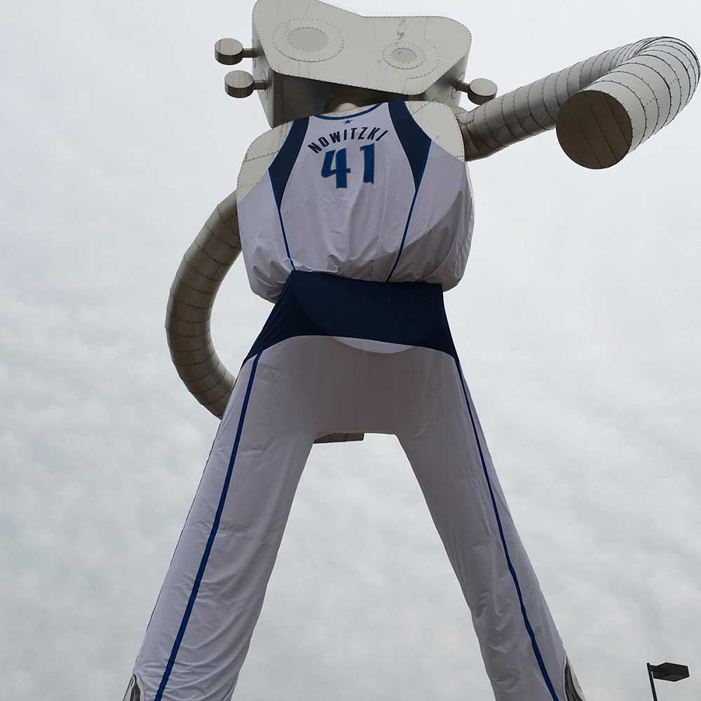 Traveling-Man-Dallas-Mavs-Jersey3-1000X1000