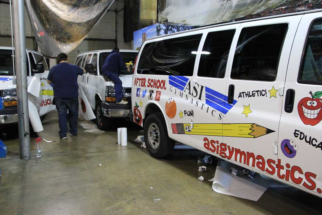 Services-Vehicle-Wrap-Installation-4-lg