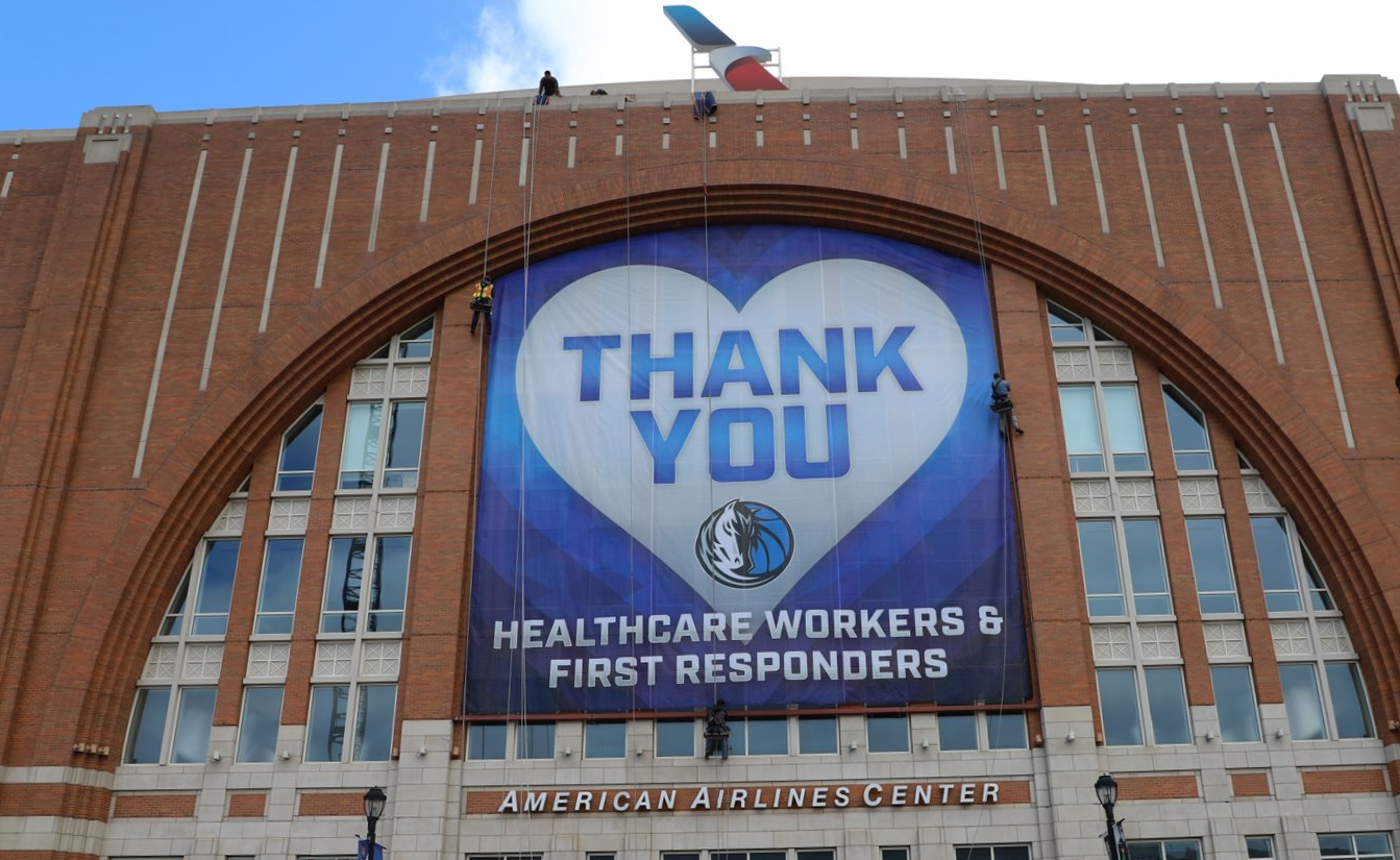 AAC Healthcare Thank You Banner Installation